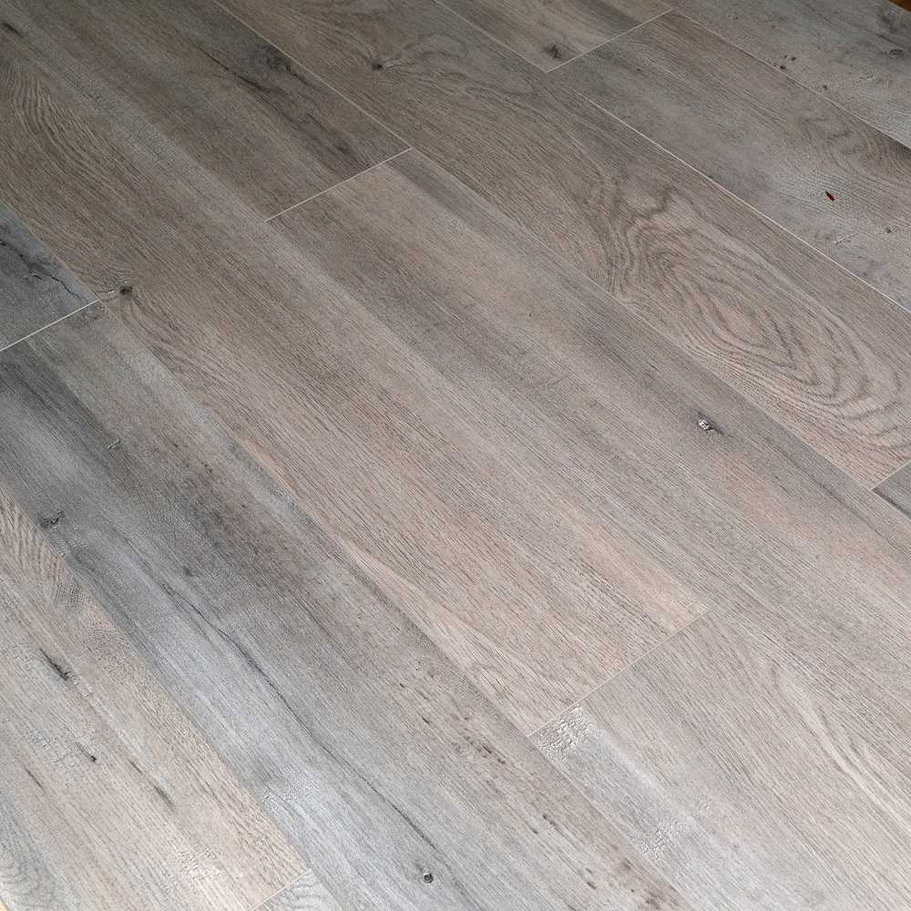 Dekorman 12mm AC4 CARB2 Click Locking Premium Collection Laminate Flooring - Brown Ash Oak